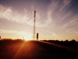 sun_and_tower_sinemaskop